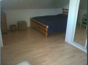 EasyRoommate UK -   Double bedroom available in Charminster - Charminster, Bournemouth - £325