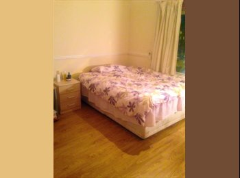 EasyRoommate UK - Large double bedroom , Hendon, nw4 - Hendon, London - £555