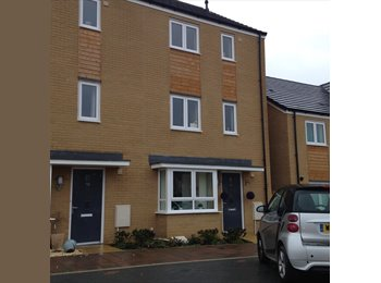 EasyRoommate UK - Large double room in a four bed new build house - Patchway, Bristol - £410