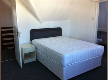 EasyRoommate UK - large double room/ensuite - Southbourne, Bournemouth - £550