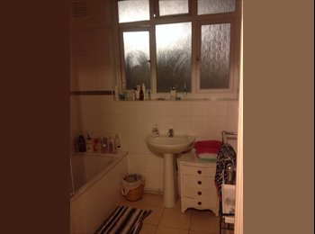 EasyRoommate UK - Huge double room available in Streatham Hill - Streatham, London - £665