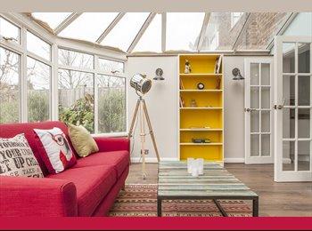 EasyRoommate UK - STUNNING NEW CONCEPT IN HOUSE SHARING - Burnham, Slough - £195