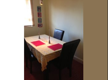 EasyRoommate UK - Lovely clean furnished double room - Wimbledon, London - £700