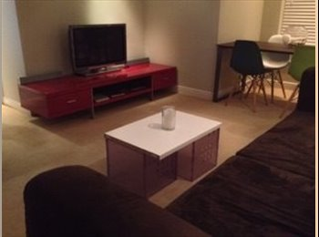 EasyRoommate UK - Double room to rent - Crowthorne, Crowthorne - £450