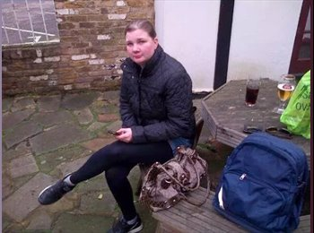 EasyRoommate UK - justina - 34 - London