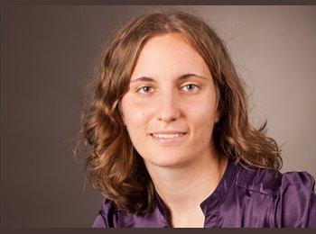 Jessika - 28 - Student