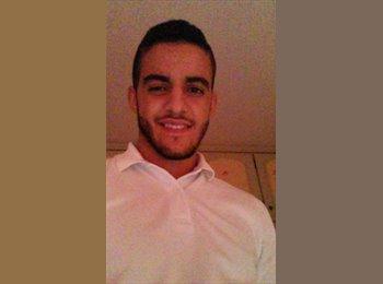 Yassine - 20 - Student