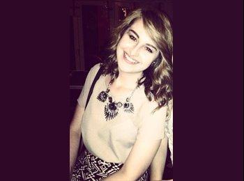 Rebecca - 21 - Student