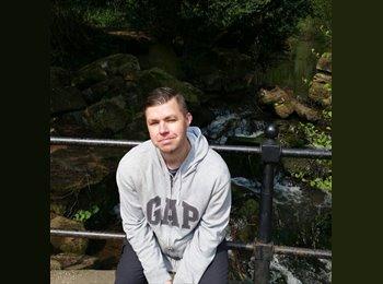 EasyRoommate UK - Simon Elliott - 35 - Leicester