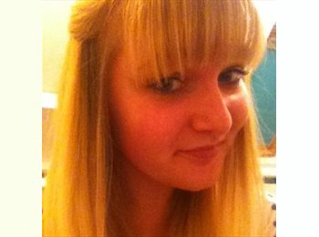 EasyRoommate UK - Zoe C - 18 - Brighton and Hove