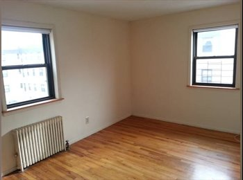 room in 3 bed apt - Avail April 1 - utilities incl