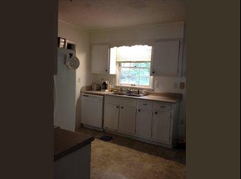 EasyRoommate US - room for rent - Huntsville, Huntsville - $300