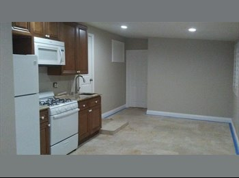 EasyRoommate US - Room for rent - Tustin, Orange County - $700