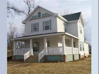 EasyRoommate US - Quiet, Beautiful Home - Springfield, Springfield - $305