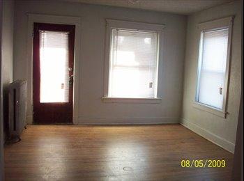 EasyRoommate US - Responsible tenants - Midtown-Westport, Kansas City - $500