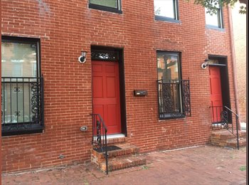 EasyRoommate US - Large Room Available - Very Large Home - Southern, Baltimore - $650