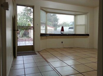 EasyRoommate US -  VERY PRIVATE LARGE ROOM ALL UTILITIES MONTH 2 MON - Eagle Rock, Los Angeles - $775