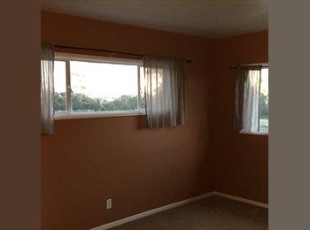 EasyRoommate US - Room at the Beach - San Clemente, Orange County - $800