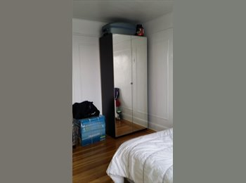 Furnished Room for rent in Astoria, Queens.