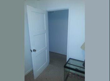 EasyRoommate US - roommate wanted must have a car and a job.  - Dayton, Dayton - $300