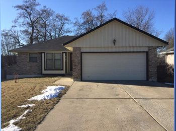 EasyRoommate US - Room for Rent in 3BR 3BA Ranch Style House - South Kansas City, Kansas City - $550