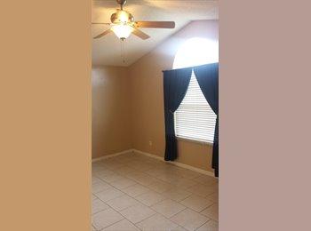 EasyRoommate US - Master Bedroom w/Private Bathroom Available - North Jacksonville, Jacksonville - $650