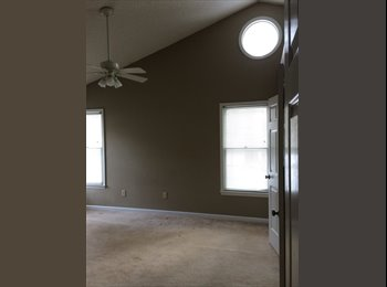 EasyRoommate US - master bedroom suite available - Raleigh, Raleigh - $600