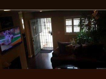 EasyRoommate US - 1 BDR - POOL, SPA +MORE, PETS WELCOME - Baldwin Hills, Los Angeles - $1100