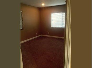 EasyRoommate US - Need a Roommate - Woodland Hills, Los Angeles - $825