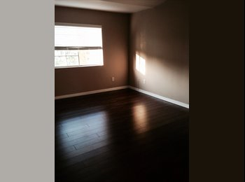 EasyRoommate US - Spare Room in 3 Story Condo - San Dimas, Los Angeles - $850