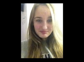 EasyRoommate US - Brianna  - 19 - South Jersey