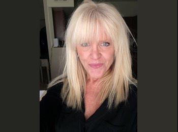EasyRoommate US - Brenda - 56 - Las Vegas