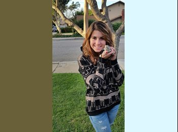 EasyRoommate US - Stephanie - 19 - San Diego
