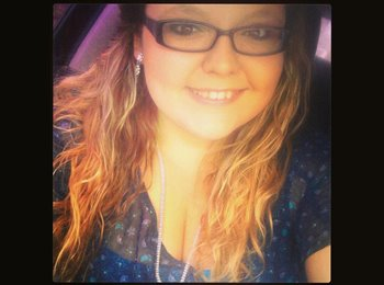 EasyRoommate US - Chelsey - 20 - Other-Florida
