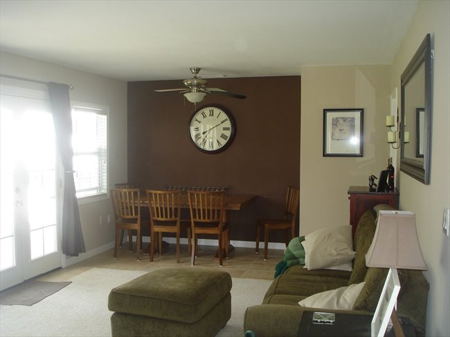 Cute 3 bedroom house, looking for a 3rd housemate - Thousand Oaks - Image 1