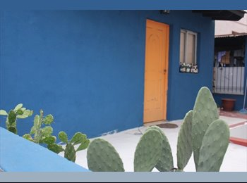 mini loft con baño y kichinet en terraza