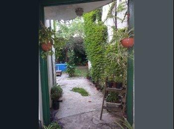 CompartoDepto AR - habitaciones p/chicas casa con jardin VillaUrquiza - Villa Urquiza, Capital Federal - AR$3000
