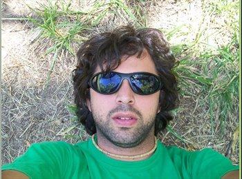 CompartoDepto AR - Juan - 34 - Gran Buenos Aires Zona Oeste