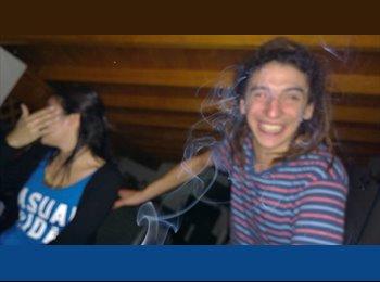 santiago - 25 - Estudiante