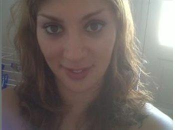 Adriana - 32 - Profesional