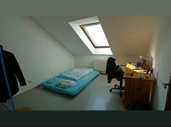 EasyWG AT - Zimmer in 4er WG - St. Leonhard - Innenstadt, Graz - €220