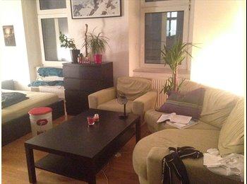 EasyWG AT - Zimmer in WG für 2-3 Monate billig zu haben - Wien 17. Bezirk (Hernals), Wien - €300