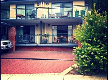 EasyRoommate AU - Room for rent Como FIFO - Como, Perth - $185