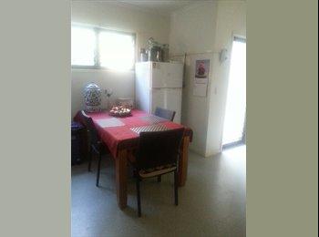 EasyRoommate AU - townhouse - Banyo, Brisbane - $124