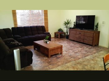 EasyRoommate AU - $150pw Great Family Home with plenty or rooms:) - Blackburn North, Melbourne - $150
