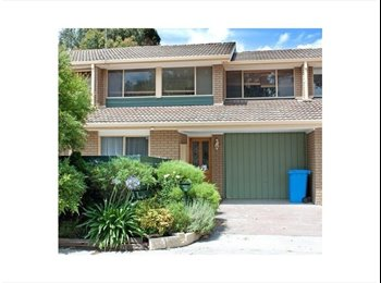 EasyRoommate AU - Hi looking for flatmate to share my house - Hampton Park, Melbourne - $160