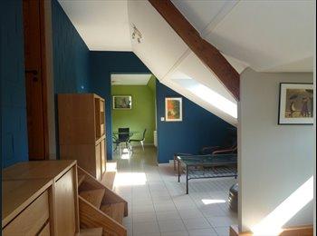 Appartager BE - Kot pour 3 étudiant(e)s (130m2) à Nivelles - Nivelles, Nivelles - €450