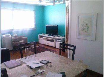 EasyQuarto BR - Apartamento bem localizado em Moema - Moema, São Paulo capital - R$1500