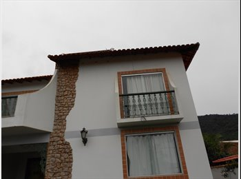 EasyQuarto BR - Casa confortável entre mar/montanha em Itaipuaçú - Itaipuaçu, Região dos Lagos - R$500