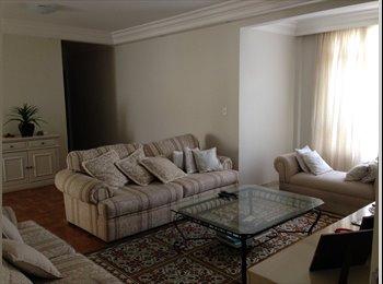 Apartamento bonito, confortável e bem localizado